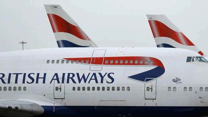 Một chiếc máy bay của British Airlines hạ cánh tại sân bay Heathrow ở thủ đô London (Ảnh: Washington Post)