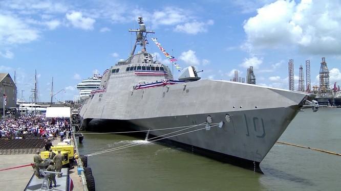 Chiến hạm USS Gabrielle Giffords là chiến hạm tấn công ven biển mới nhất của hải quân Mỹ (Ảnh: Getty)
