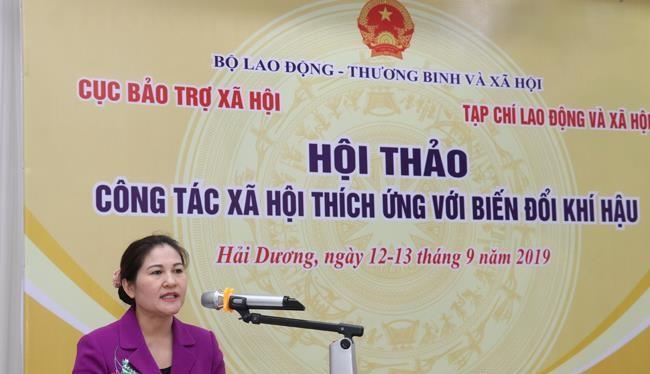 Thứ trưởng Bộ Lao động -Thương binh và Xã hội Nguyễn Thị Hà phát biểu tại hội thảo (Ảnh: Khánh Duy)