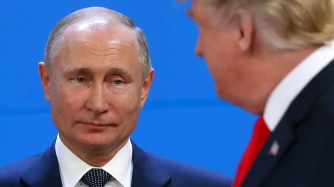 """""""Pháo đài"""" tài chính giúp Nga né được các đòn trừng phạt từ Mỹ và phương Tây (Ảnh: CNN)"""