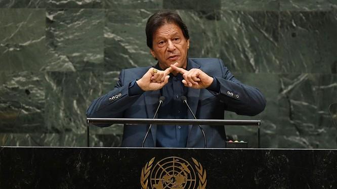 Thủ tướng Pakistan Imran Khan đề cập tới vấn đề Kashmir trong kỳ họp Đại hội đồng LHQ tổ chức mới đây (Ảnh: Getty)