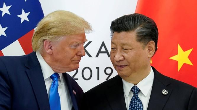 Tổng thống Mỹ Donald Trump và Chủ tịch Trung Quốc Tập Cận Bình tại Hội nghị thượng đỉnh G20 tổ chức tịa Osaka, Nhật Bản tháng 6 vừa qua (Ảnh: CNBC)