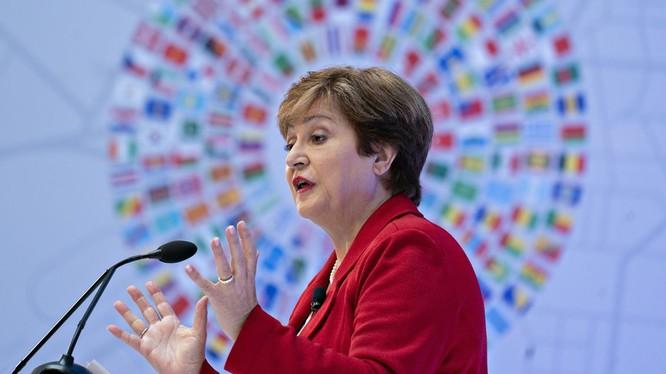 Giám đốc IMF Kristalina Georgieva cảnh báo về đà giảm của nền kinh tế thế giới (Ảnh: Getty)