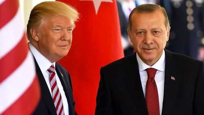 Chính quyền Trump sẵn sàng hy sinh đồng minh Kurd để thỏa thuận với Thổ Nhĩ Kỳ (Ảnh: Getty)