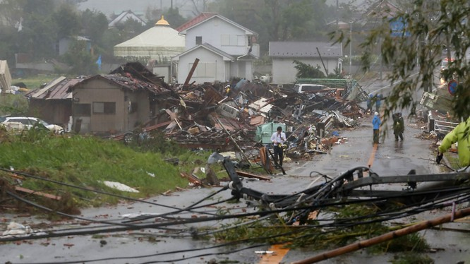 Cảnh tan hoang sau bão tại Ichihara, tỉnh Chiba, Nhật Bản (Ảnh: SkyNews)