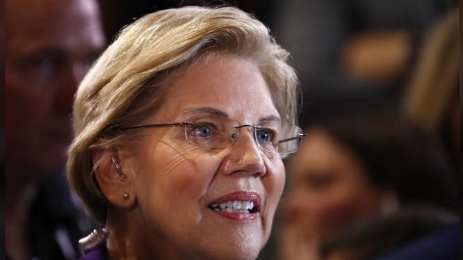 Kế hoạch đánh thuế tài sản của bà Warren được giới chuyên gia kinh tế đánh giá là khả thi (Ảnh: Reuters)