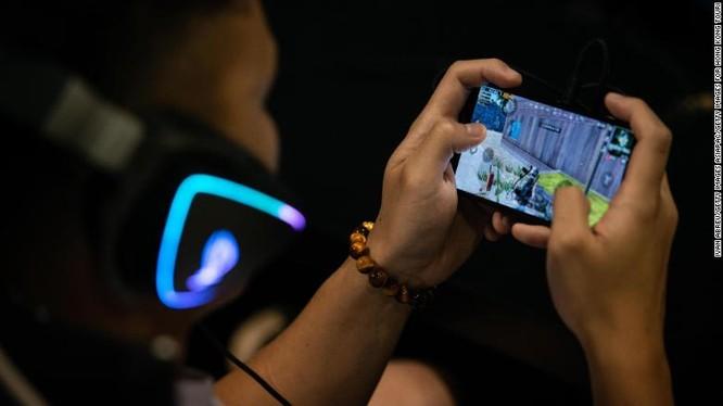 Trung Quốc hiện là thị trường game trực tuyến lớn nhất thế giới (Ảnh: CNN)