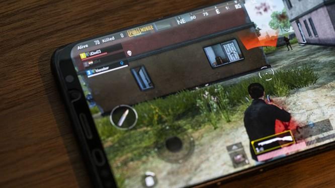 """Tựa game PUBG phiên bản di động của Tencent """"làm mưa làm gió"""" trong top 100 ứng dụng ở Mỹ (Ảnh: CNBC)"""