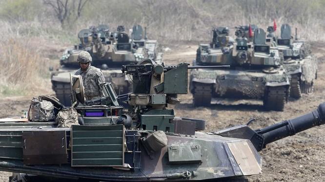 Binh sĩ Mỹ trong một nội dung tập trận chung với quân đội Hàn Quốc (Ảnh: The Nation)