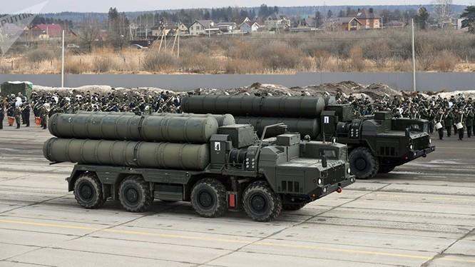 Hệ thống phòng không S-400 do Nga sản xuất (Ảnh: Sputnik)