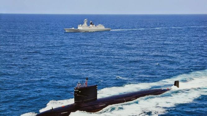 Tàu ngầm tấn công hạt nhân Type-093 của Trung Quốc (Ảnh: Getty)
