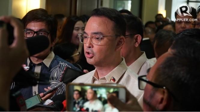 Chủ tịch Hạ viện Alan Peter Cayetano, người đứng đầu ủy ban tổ chức SEA Games của Philippines (Ảnh: Rappler)