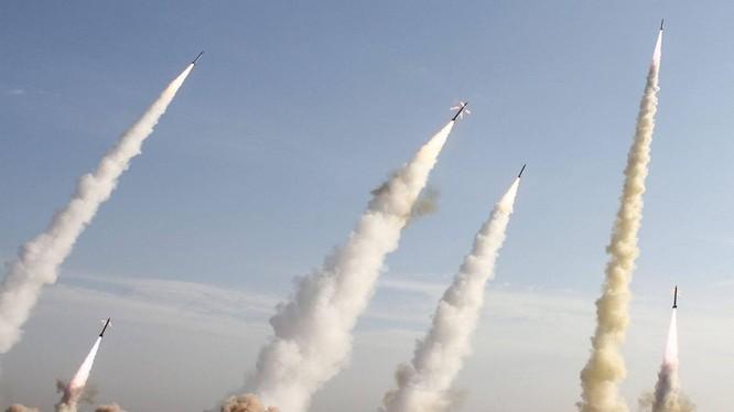 Iran sở hữu rất nhiều tên lửa uy lực (Ảnh: Reuters)