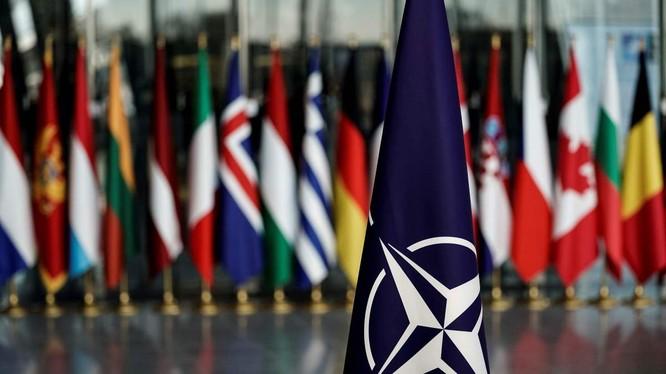 NATO đang gặp nhiều thách thức liên quan tới sự đoàn kết giữa các thành viên trong khối (Ảnh: CNN)