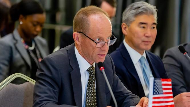Ông David Stillwell, Trợ lý Ngoại trưởng Mỹ phụ trách vấn đề Đông Á và Thái Bình Dương (Ảnh: AP)