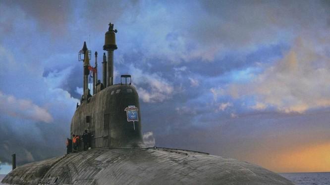 Tàu ngầm lớp Yasen-M trong tương lai có thể được trang bị tên lửa hành trình Kalibr-M (Ảnh: National Interest)