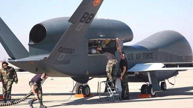 Nhiều năm qua, Mỹ đã sử dụng drone để thu thập thông tin tình báo về PKK để cung cấp cho Thổ Nhĩ Kỳ (Ảnh: Sputnik)