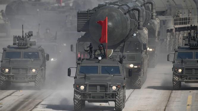 Tổ hợp tên lửa mặt đất Yars của Nga (Ảnh: RT)