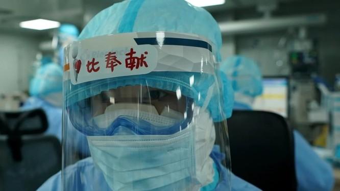 Nhiều chuyên gia y tế cảnh báo Trung Quốc có thể sắp phải đón đợt dịch COVID-19 thứ hai (Ảnh: SCMP)