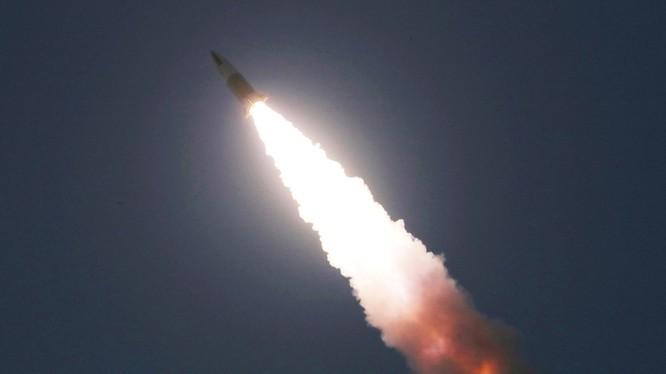 Một tên lửa mà Triều Tiên phóng thử nghiệm vào ngày 22/3 (Ảnh: KCNA)