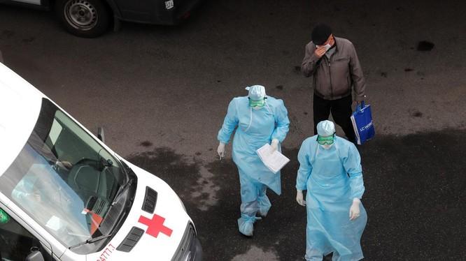 Số ca nhiễm COVID-19 ở Nga tăng cao, khiến nước này có số ca nhiễm cao thứ 8 trên thế giới (Ảnh: Reuters)