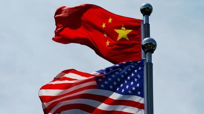 Mỹ, Trung Quốc vẫn đang khẩu chiến về nguồn gốc của đại dịch COVID-19 (Ảnh: Reuters)
