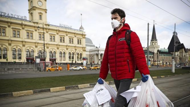 Nga trở thành vùng dịch lớn thứ 5 thế giới sau khi ghi nhận số ca nhiễm mới COVID-19 trong ngày cao kỷ lục (Ảnh: VOX)