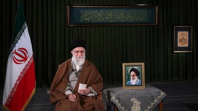 Lãnh tụ tối cao Iran Ayatollah Ali Khamenei (Ảnh: Reuters)
