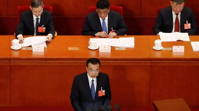 Thủ tướng Trung Quốc Lý Khắc Cường phát biểu khai mạc kỳ họp Quốc hội thường niên tại Bắc Kinh (Ảnh: Reuters)