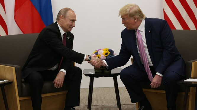 Điện Kremlin cho hay TT Trump đã điện đàm cho TT Putin để mời tham dự hội nghị thượng đỉnh G7 (Ảnh: Axios)