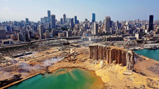 Một góc của thủ đô Beirut, Lebanon tan hoang sau vụ nổ kinh hoàng (Ảnh: NYTimes)