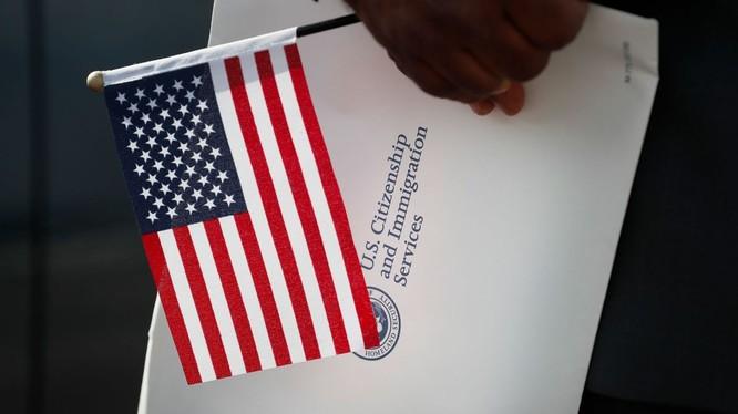 Số người Mỹ từ bỏ quyền công dân lên đến mức kỷ lục (Ảnh: CNN)