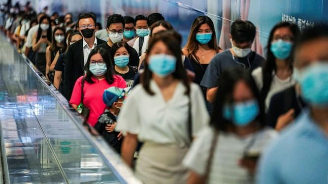 Các nhà khoa học phát hiện ra 24 điểm khác biệt giữa trình tự gene của virus trong hai lần nhiễm (Ảnh: FT)