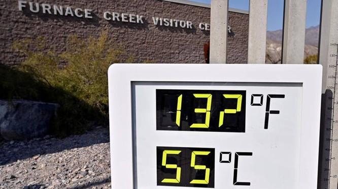 Nhiệt độ tại khu du lịch có thời điểm lên tới 55 độ C (Ảnh: OC)