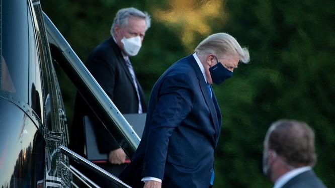 Tổng thống Trump mắc COVID-19 có thể là thông tin tồi tệ đối với Trung Quốc (Ảnh: Vox)