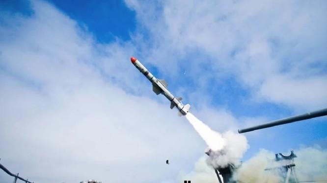 Mẫu tên lửa cận thanh diệt hạm Harpoon Block II do Mỹ chế tạo (Ảnh: Defence Blog)