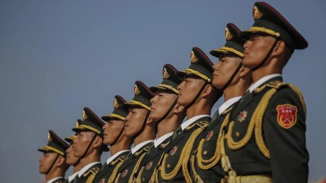 Trung Quốc đặt mục tiêu xây dựng lực lượng quân đội hiện đại sánh ngang Mỹ vào năm 2027 (Ảnh: EPA)