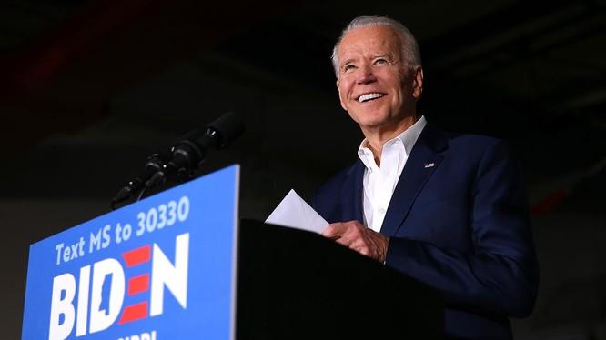 Đây là lần thứ hai một ứng viên Dân chủ giành chiến thắng ở Arizona (Ảnh: Politico)