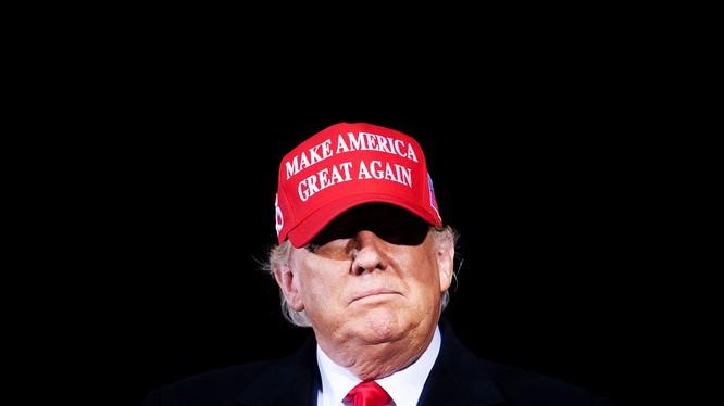 Tổng thống Trump tiếp tục đưa ra các cáo buộc về gian lận bầu cử (Ảnh: Vanity Fair)