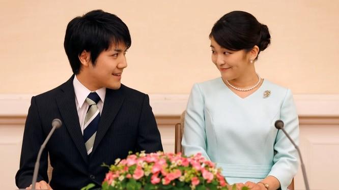 Công chúa Mako và vị hôn phu Kei Komuro (Ảnh: Reuters)