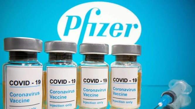 Chủng vaccine ngừa COVID-19 do Pfizer sản xuất đang chờ được FDA phê duyệt sử dụng khẩn cấp (Ảnh: Washington Post)