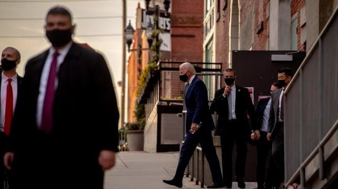 Việc ngăn chặn ông Joe Biden vào Nhà Trắng vốn là chiến lược dài hơi của đảng Cộng hòa (Ảnh: NYTimes)
