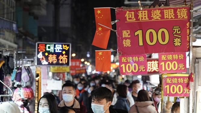 Nền kinh tế Trung Quốc đang phục hồi nhanh chóng sau đại dịch (Ảnh: Newsweek)