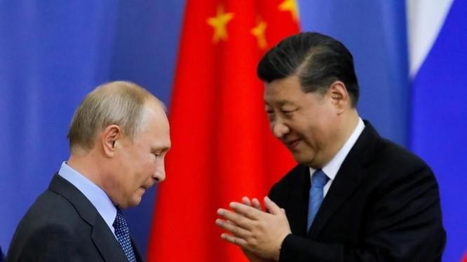 Lãnh đạo Nga, Trung Quốc nói rằng hai nước đang gần gũi nhau hơn bao giờ hết (Ảnh: Reuters)