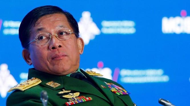 Tổng tư lệnh quân đội Myanmar Min Aung Hliang (Ảnh: AFP)
