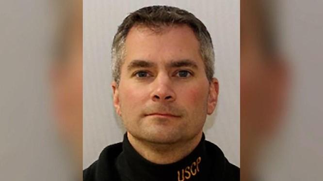 Cảnh sát quốc hội Brian Sicknick trước khi thiệt mạng trong bạo loạn Đồi Capitol. Ảnh: USCP.