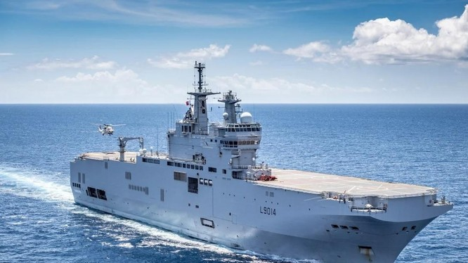 Tàu tấn công lưỡng cư Tonnerre của Pháp được triển khai tới Thái Bình Dương để huấn luyện và tuần tra (Ảnh: SCMP)