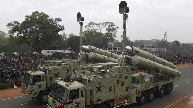 Tên lửa siêu thanh BrahMos do Nga và Ấn Độ hợp tác phát triển (Ảnh: AFP)
