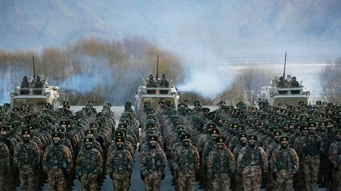 """Trung Quốc muốn có quân đội """"đăng cấp thế giới"""" vào năm 2050 (Ảnh: AP)"""