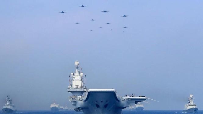 Các nhà quan sát cho rằng tàu sân bay thứ tư của Trung Quốc có thể chạy bằng năng lượng nguyên tử (Ảnh: Reuters)